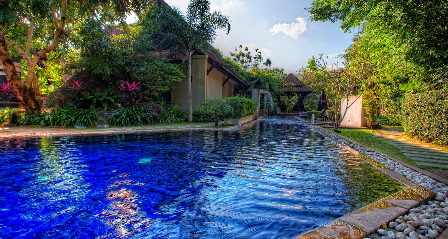 gorgeous-private-pool-hdr-302418